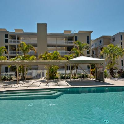 Moreton Island Accommodation Deep Blue Apartment 8 900px 3